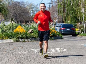 photo of Mark Gong running
